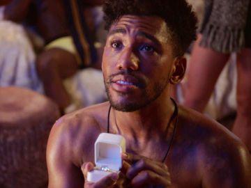 Craig intenta recuperar a Zara, confiesa sus mayores secretos y le pide matrimonio en directo