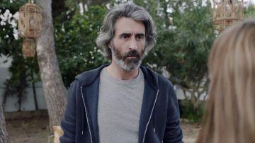 Sergio, interpretado por Víctor Duplá