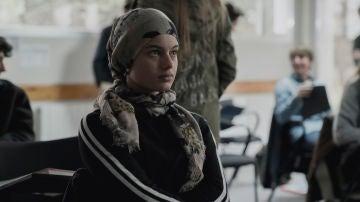 Amal, interpretada por Sofía Oria