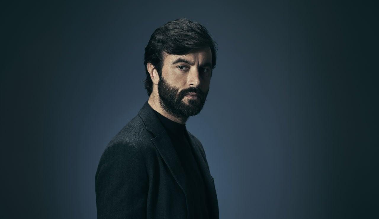 Xavier, interpretado por Javier Rey