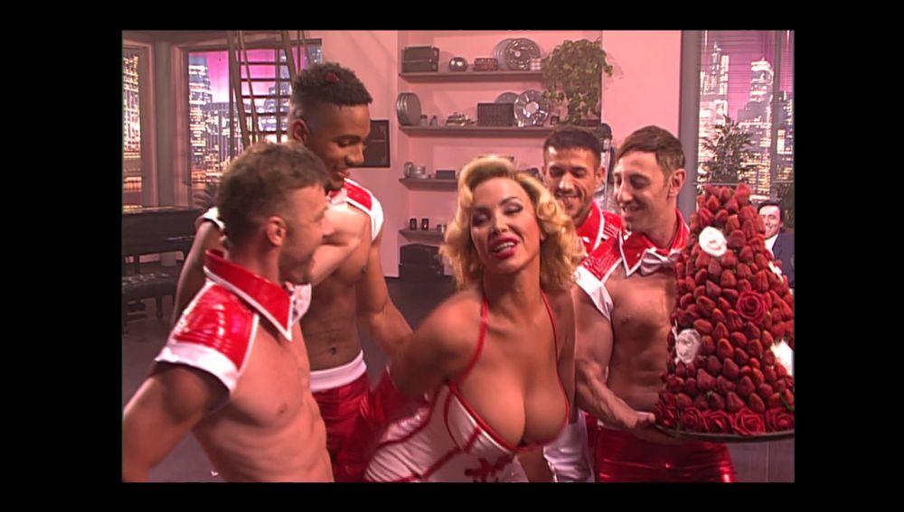 Descubre la secuencia inédita de 'Veneno': el baile al estilo Marilyn Monroe en el Missisipi