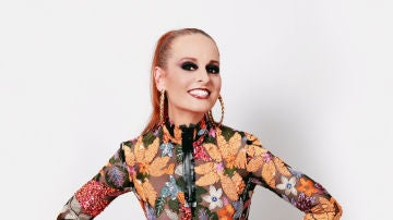 La diseñadora de moda Ana Locking, jurado de 'Drag Race España' en ATRESplayer PREMIUM