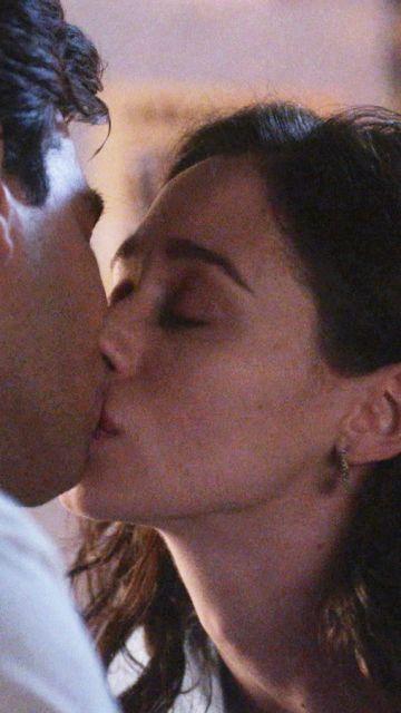 Alba y Tirso se besan mientras Rubén rechaza a Hugo