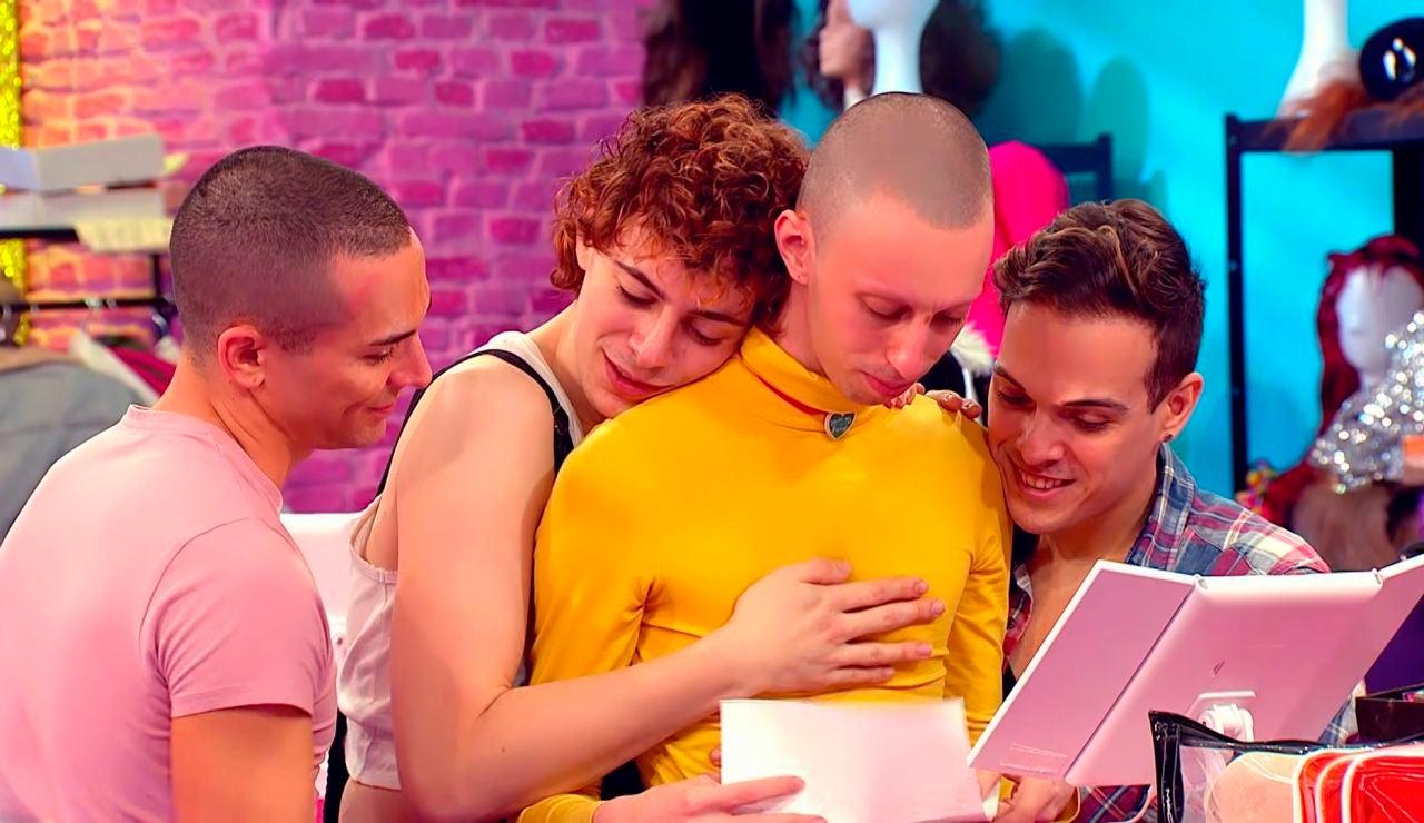 Hugáceo Crujiente rompe a llorar al leer una emotiva carta de su fan Nº1: su hermano