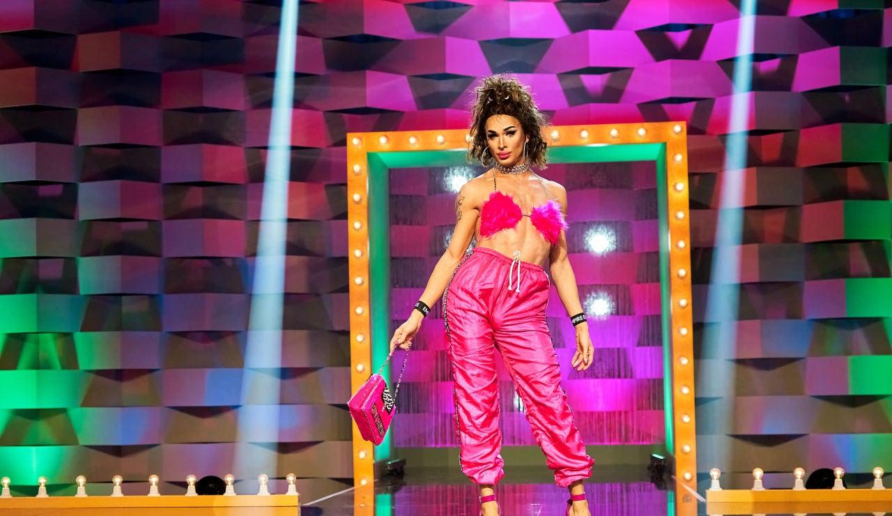 Carmen Farala, de Choni, en la pasarela de 'Drag Race España'