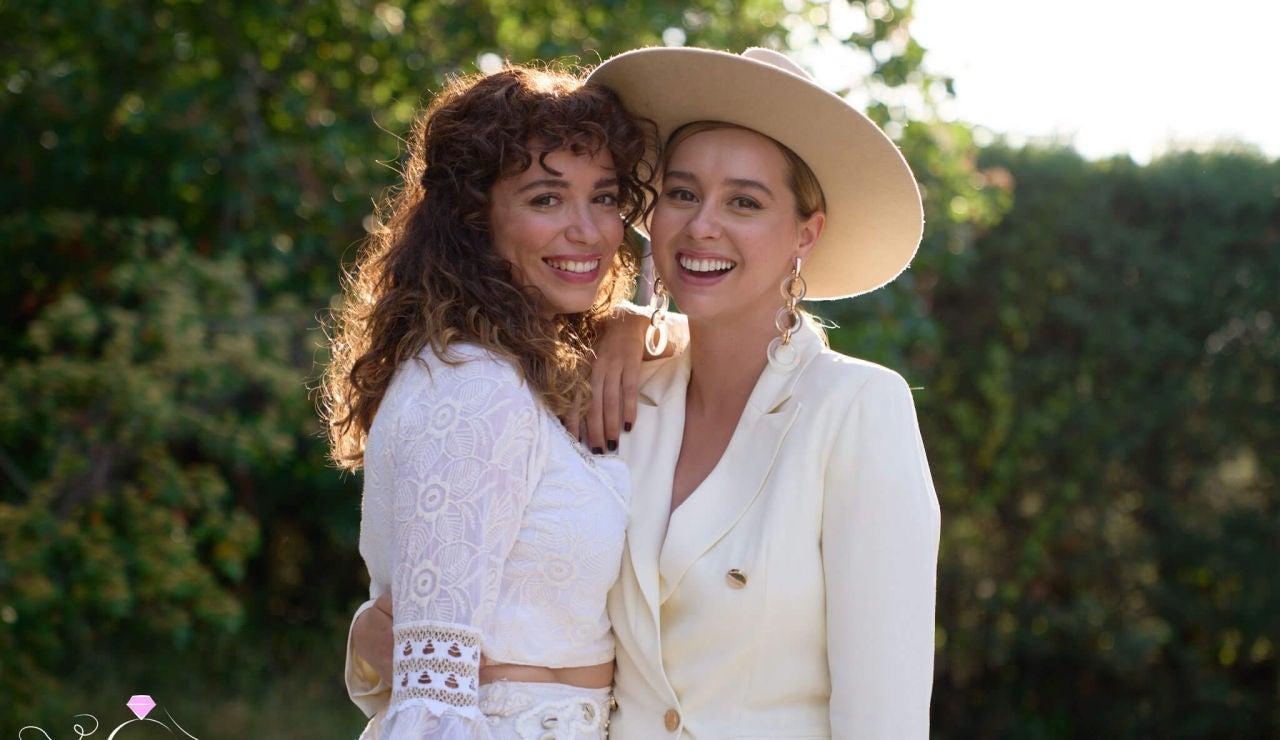 Amelia y Luisita en el día de su boda