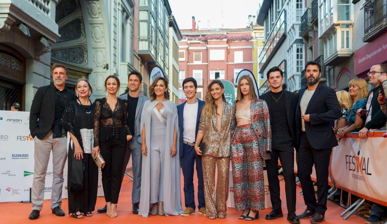 'El Nudo' desata los aplausos del público en la premiere del FesTVal de Vitoria