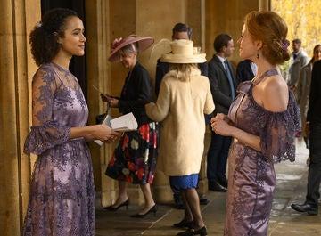Maya y Zoe en 'Cuatro bodas y un funeral'