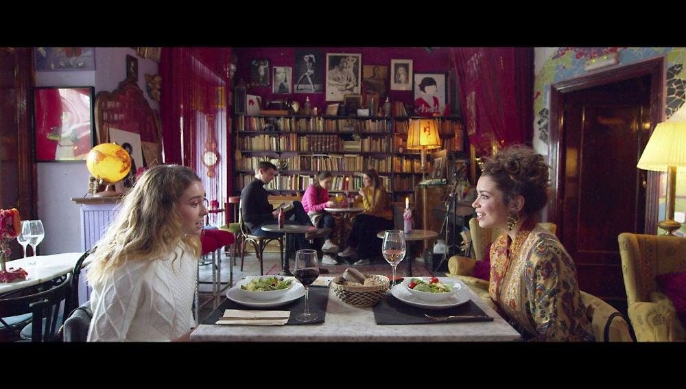 La primera cita de Luisita y Amelia