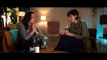 """Rebeca, Ana, un vino y una conversación de hombres """"con mucho morro"""""""