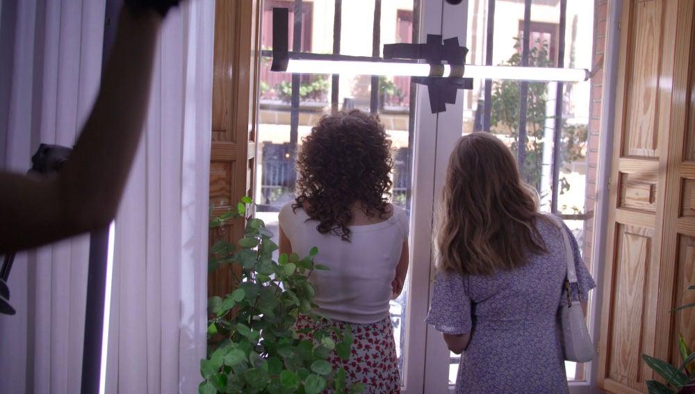 Un 'último' rodaje en casa de Luisita y Amelia: el making of del primer capítulo de #Luimelia Tres