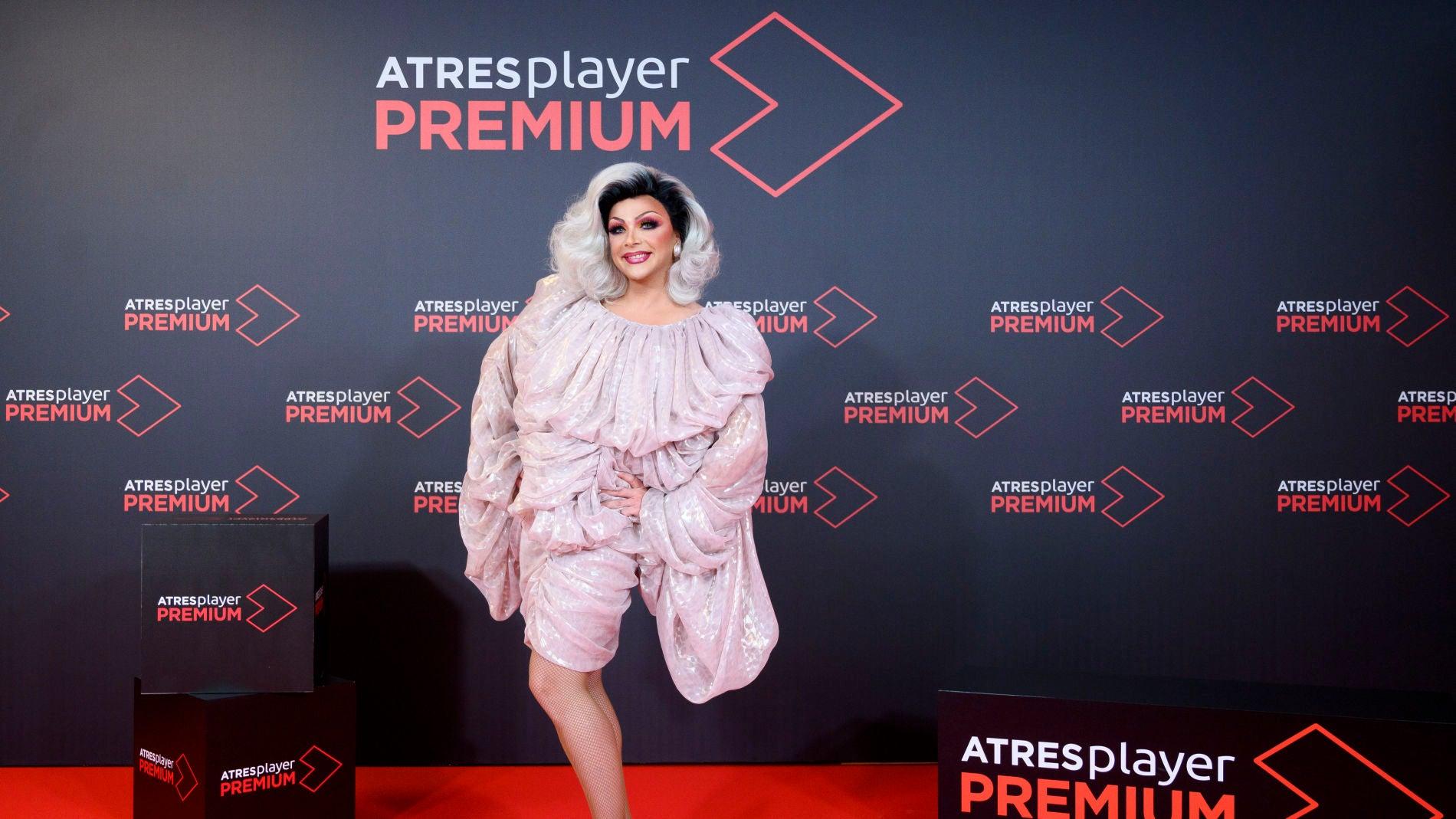 "Supremme de Luxe, presentadora de 'Drag Race España': ""Me enteré del casting por los micrófonos"""