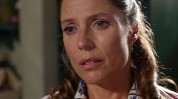 """Clara le exige explicaciones a César: """"Es lo que tú eres, un policía corrupto"""""""