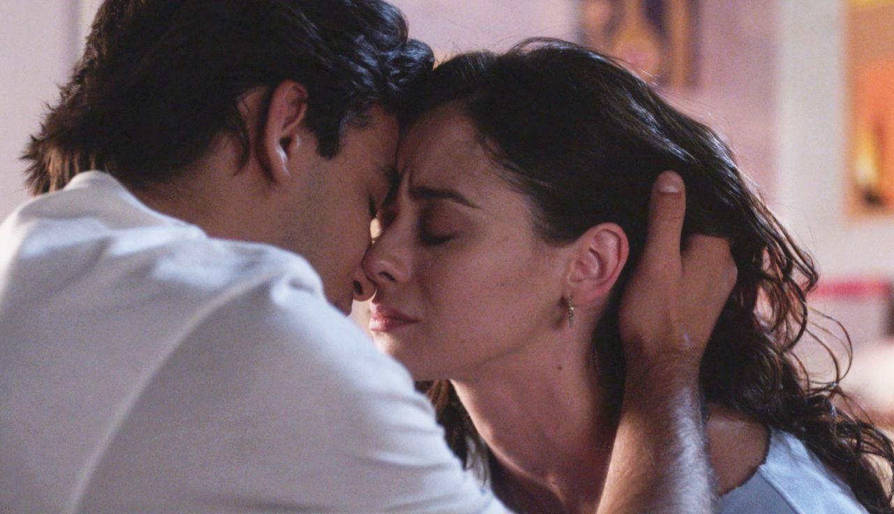 """Alba y Tirso, más unidos que nunca, se besan: """"Voy a cuidarte siempre"""""""