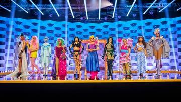 Las 10 reinas elaboran su propio vestuario con elementos de mercadillo