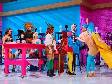 Las 10 reinas de 'Drag Race España' pisan el Werk Room por primera vez, ¡así ha sido su entrada!